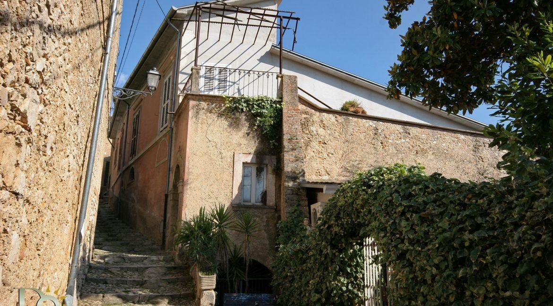 Palazzo_Fontana_Liri_003