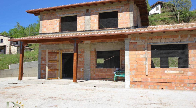 Grande-casale-a-Rocca-Sinibalda_09