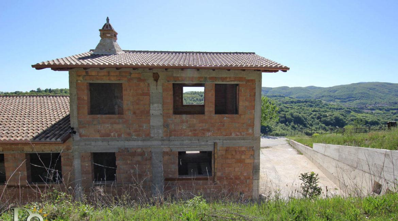 Grande-casale-a-Rocca-Sinibalda_30