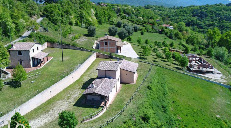 Grande-casale-a-Rocca-Sinibalda_47