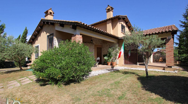 Villa via Pistignano_05