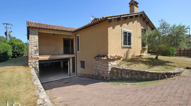 Villa via Pistignano_43